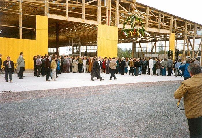033 – Richtfest der ersten Produktionshalle im Frühjahr 1991
