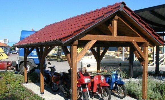 Carport aus Holz mit Satteldach 3