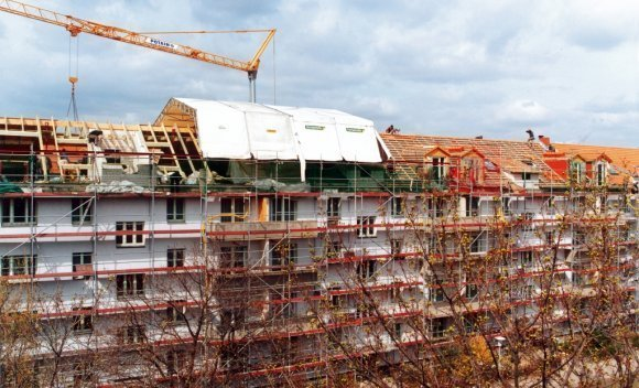 Dachsanierung – Rückbau und Aufstockung in Berlin Adlershof 2